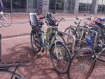 Natomiast 3 mogą jechać na jednym zwykłym rowerze z siodełkami :-).